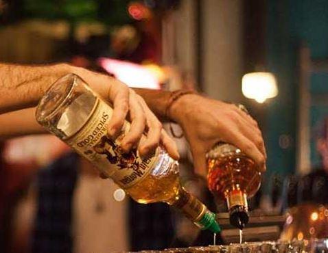 לחיים! שיעור אלכוהול על הבר
