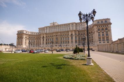 רומניה 5 ימים4 לילות חצי פנסיון