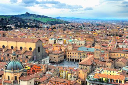 צפון איטליה, כולל בולוניה, פרארה, ברגמו, מילאנו ונציה RNT:9001