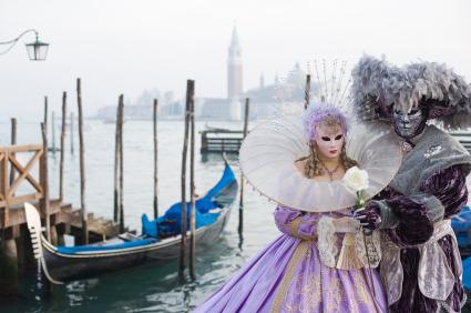 מסע אל  הקרנבלים המובילים והמרתקים ביותר באיטליה - CAR