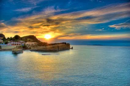 יוון קצר ולעניין