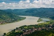 לאורך הדנובה  בין בודפשט לפראג