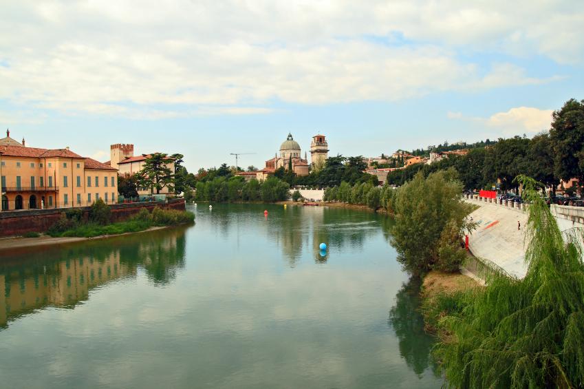 טיול מאורגן לצפון איטליה והאגמים- כוכב הצפון, חצי פנסיון