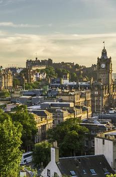 סקוטלנד, אירלנד  -כולל צפון אירלנד-  לטייל בתוך גלויה