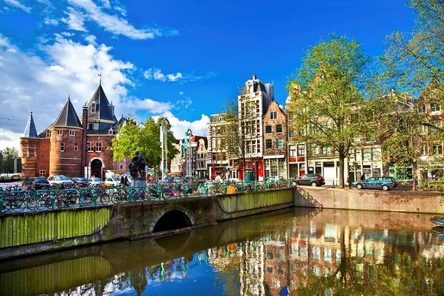 ניחוח צרפתי הולנדי