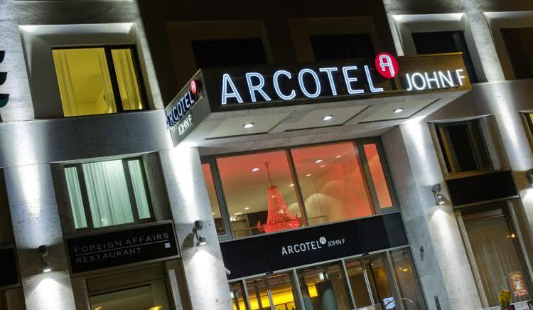 îìåï Arcotel John F