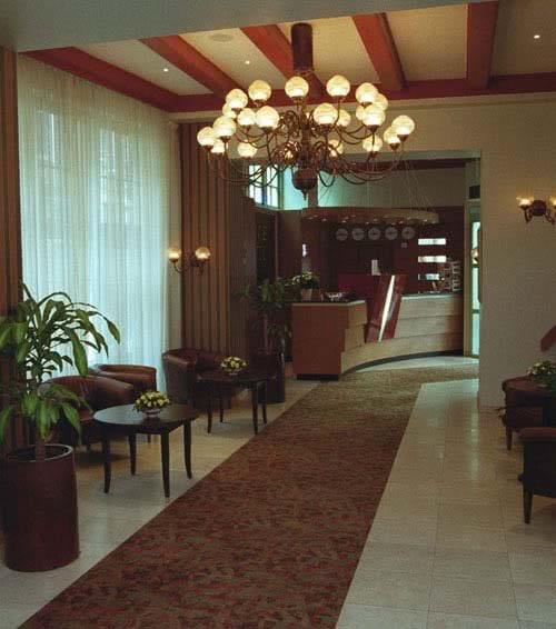 îìåï Avenue Hotel